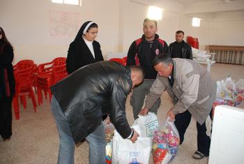soforthilfe f r fl chtlinge in syrien katholisch. Black Bedroom Furniture Sets. Home Design Ideas